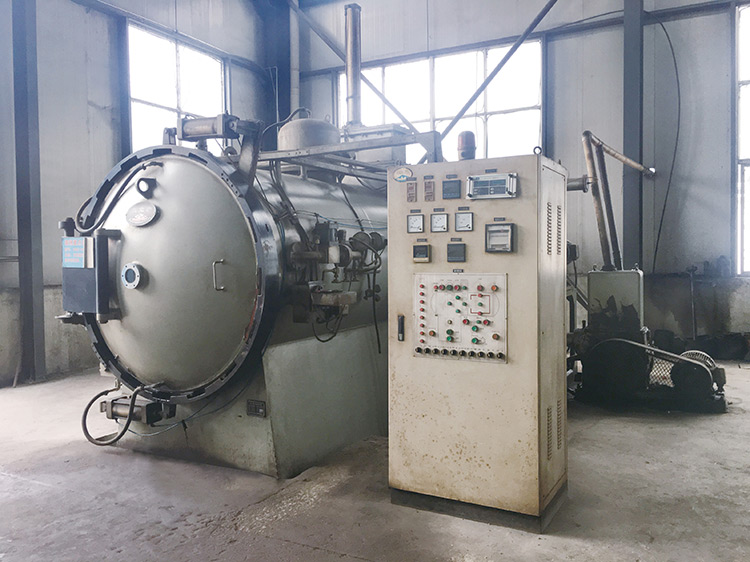 Vacuum-quenching-furnace